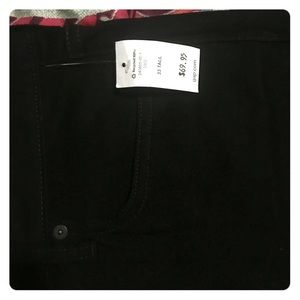 Black skinny jeans from Gap. New and size 33 Tall.